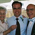Jon_with_mom_and_dad