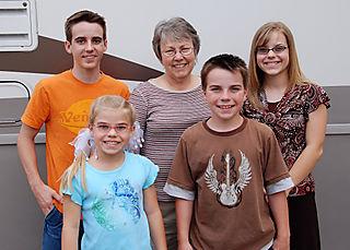 2008 June trip to ak kids w jeanne CO 1838