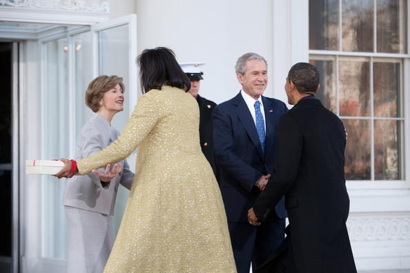 Obama bush gift