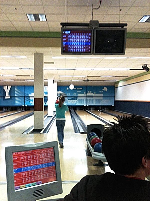 Bowling Y