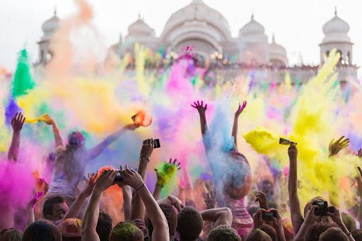 Fest of color