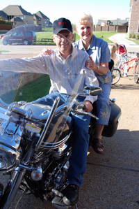 Mom_and_dad_2_on_brents_bike0108_2