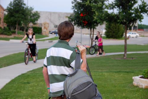2007_may_kids_ride_to_greet_nate016