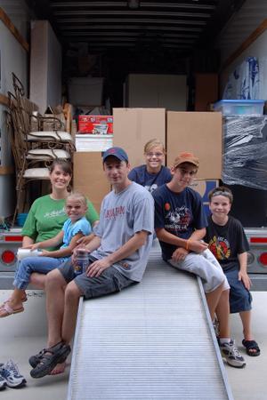 2007_aug_lloyd_moving_brigade_wit_2
