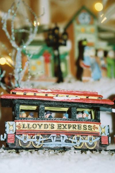 Lloyds_express