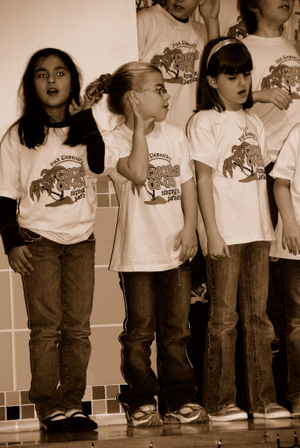 2007_dec_choir_concert_0998