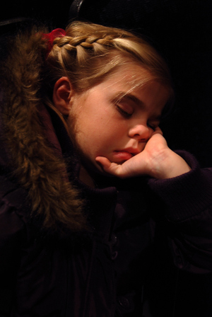 2007_dec_megan_at_winter_concert_09