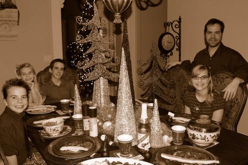 2007_dec_christmas_eve_dinner_1008