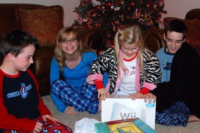 2007_dec_christmas_eve_lifting_c_11