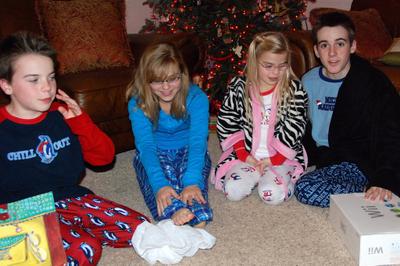 2007_dec_christmas_eve_lifting_c_12