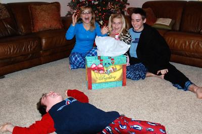 2007_dec_christmas_eve_lifting_co_6