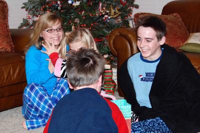 2007_dec_christmas_eve_lifting_co_7