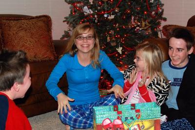 2007_dec_christmas_eve_lifting_co_8