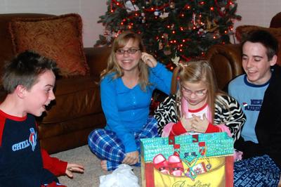 2007_dec_christmas_eve_lifting_co_9