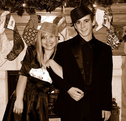 2007_dec_new_years_eve_em_and_nat_2