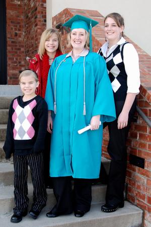 2008_jan_ashley_graduation_1134