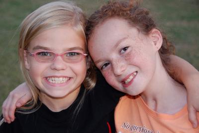 2007_oct_meg_and_julia_0723