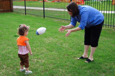 Kate_playing_ball_with_mom0011