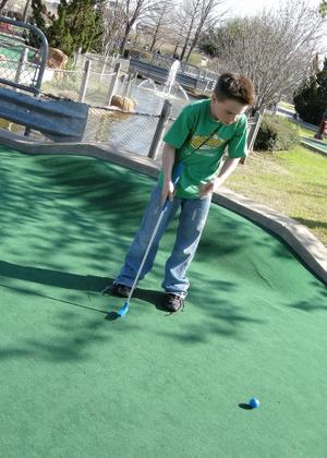 2008_march_mini_golf_1342