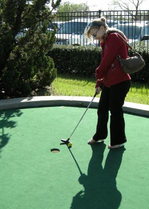 2008_march_mini_golf_1343