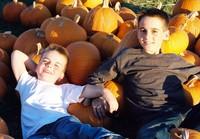 Boys_pumpkins