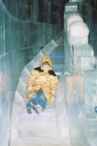 Ice_slide_adam