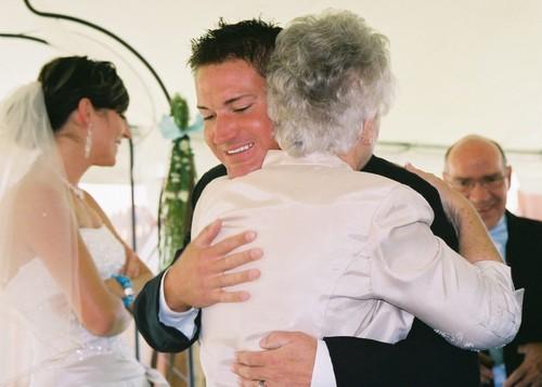 Joan_congratulating_david