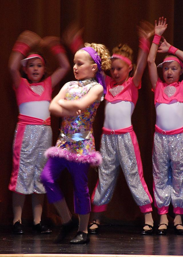 2008 MAY  alyssa dance   1600
