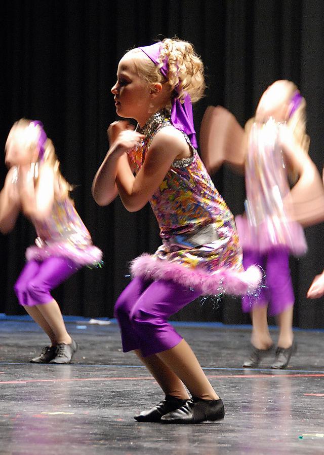 2008 MAY  alyssa dance   1604