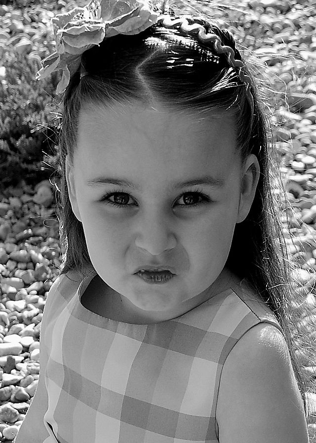 2008 MAY  brinlee making faces  1647