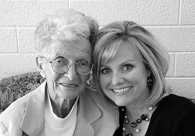 2008 MAY  grandma and me  1645