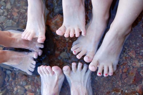 2007_july_as_lake_feet_0439